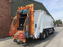 Dennis Eagle Elite 2 6X2 Narrow Split Lift