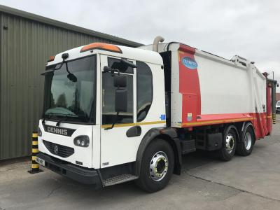 Dennis Eagle Elite 2 6X2 Trade Lift